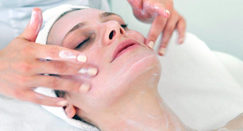acne-prone-skin.jpg